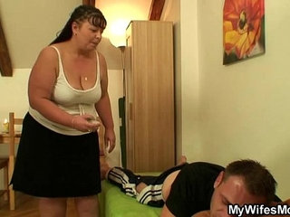 While his wife away he nails her fat mommy | fatmommywife