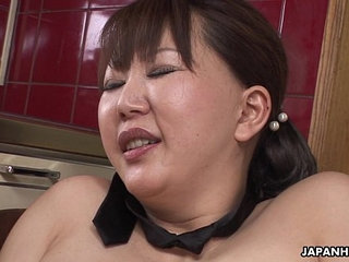 Chubby Japanese MILF moans while her hairy pussy is toyed | chubbyhairyjapanese