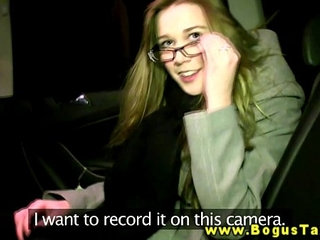 Backseat blowjob for the taxi driver | blowjobtaxi