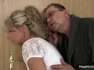 She rides his old cock after cunnilingus   cunnilingusold manriding