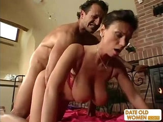 Exotic sexy looking mature gets the cock in her pussy and her mouth | cockexoticmaturemouthpussysexy