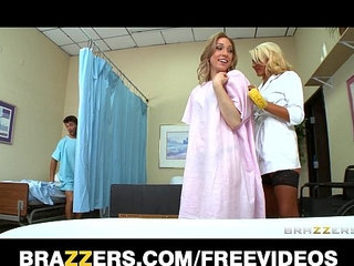 Incredibly sexy blond nurse gives her patients a sponge bath | bathroomblondenursesexy